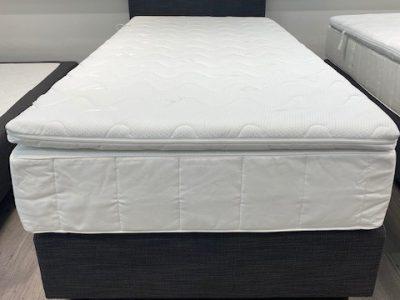 Bett 90x200 mit Kopfteil